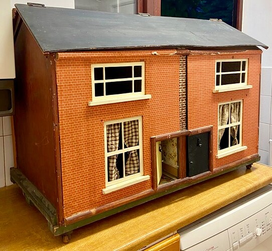 dolls house triang