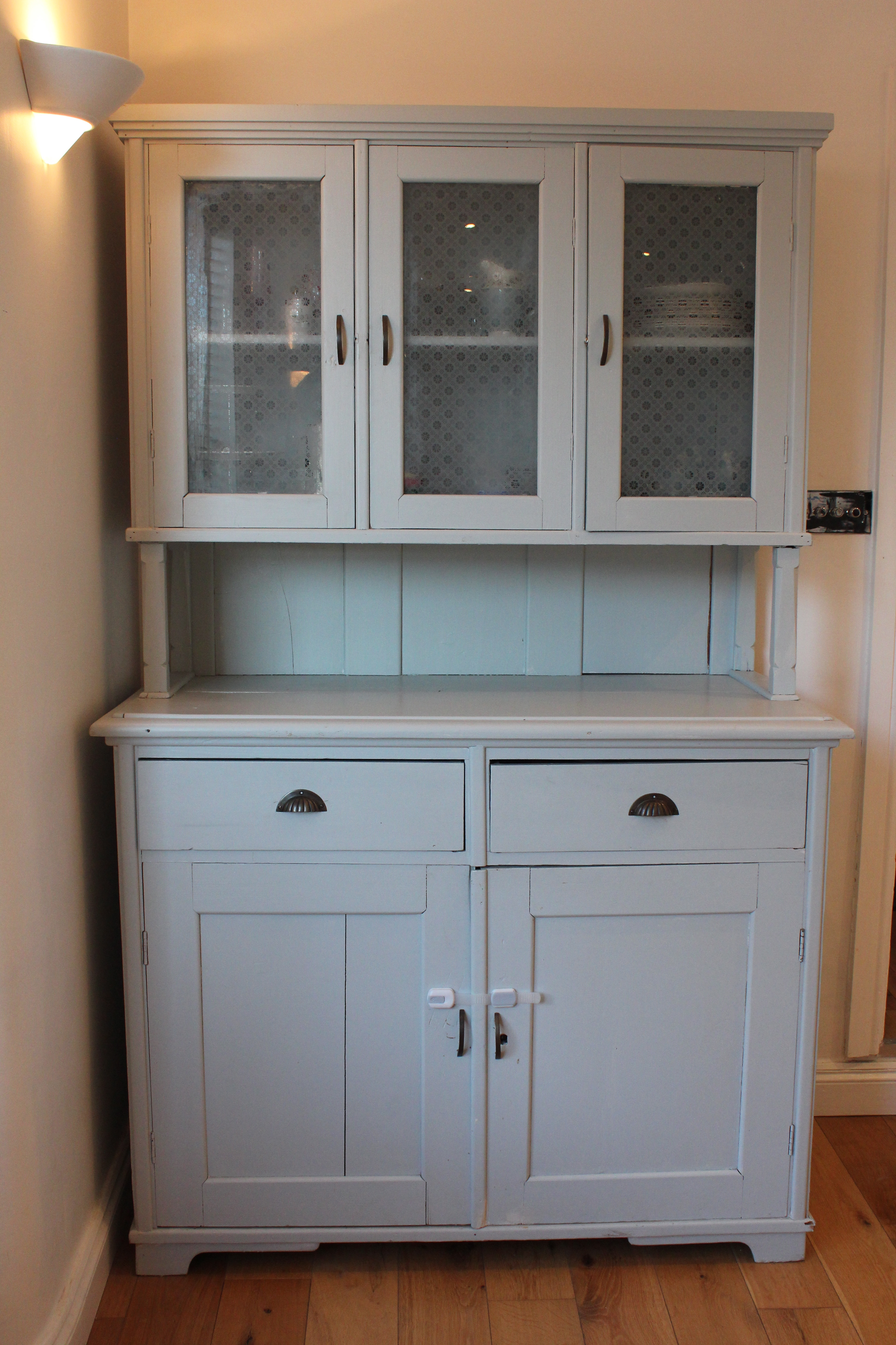For Sale Lulworth Blue Kitchen Dresser Display Cabinet Bovill